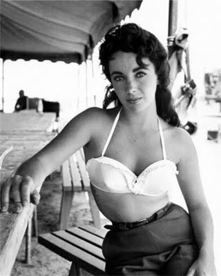 Elizabeth Taylor, Bathing Beauty