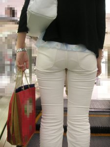 Visible Panty Lines, WHY???